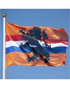 Oranje supportersvlag met leeuw en Nederlandse vlag